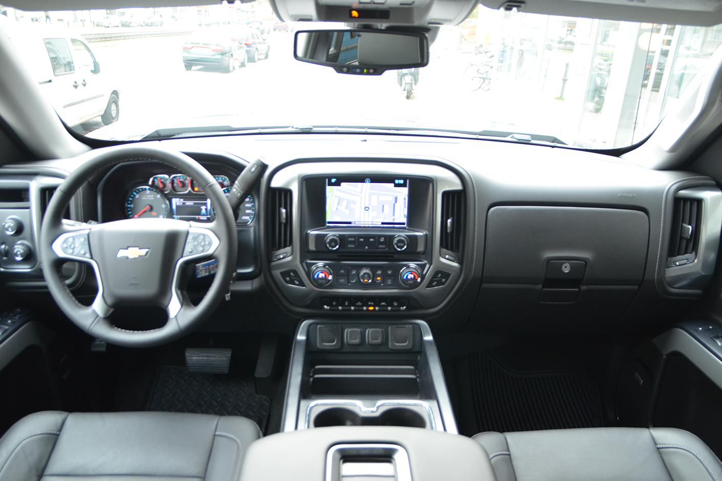 Chevrolet Silverado LTZ 2LZ Z71 2018-9