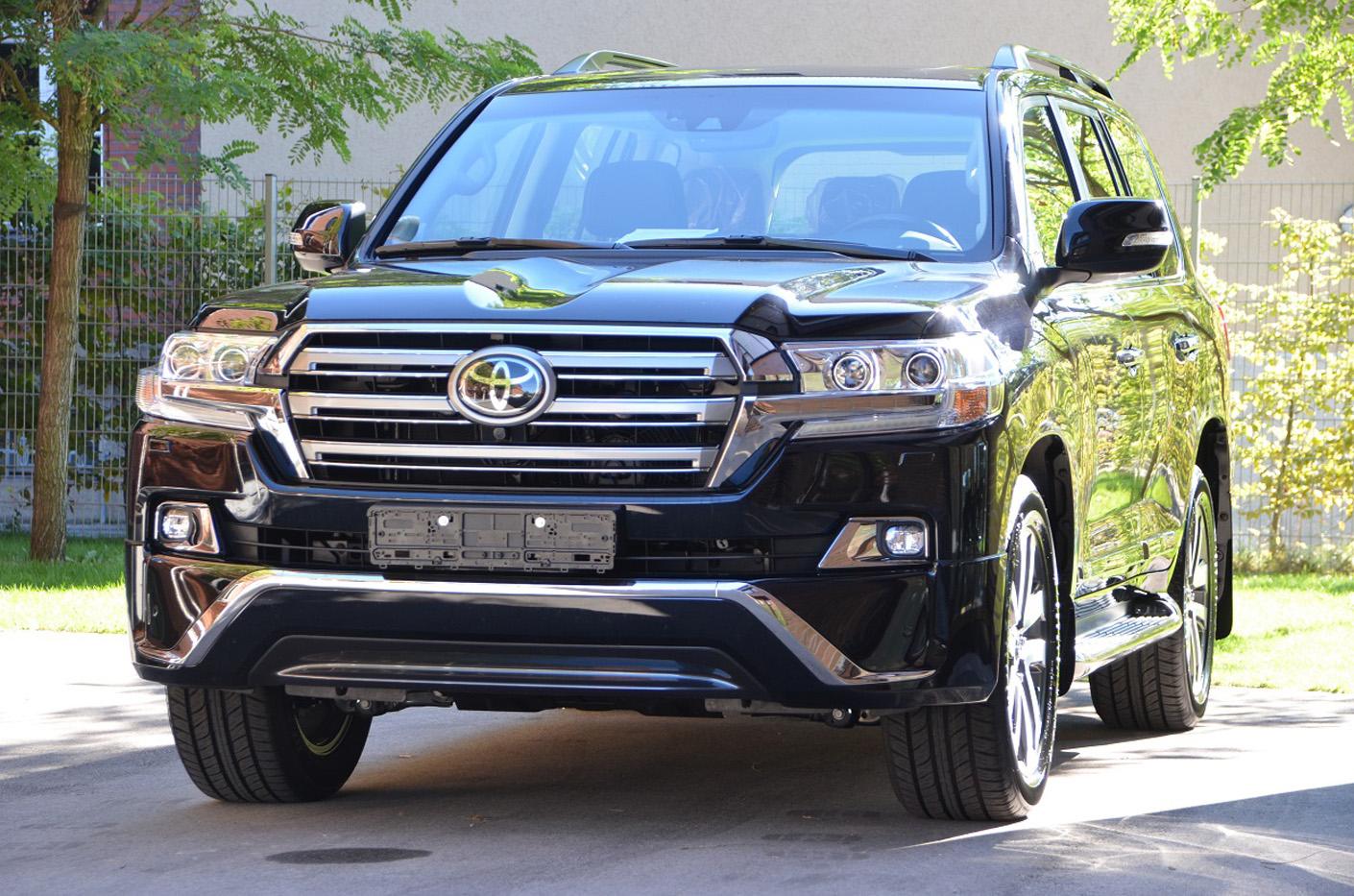 Kelebihan Toyota Land Cruiser 2018 Perbandingan Harga