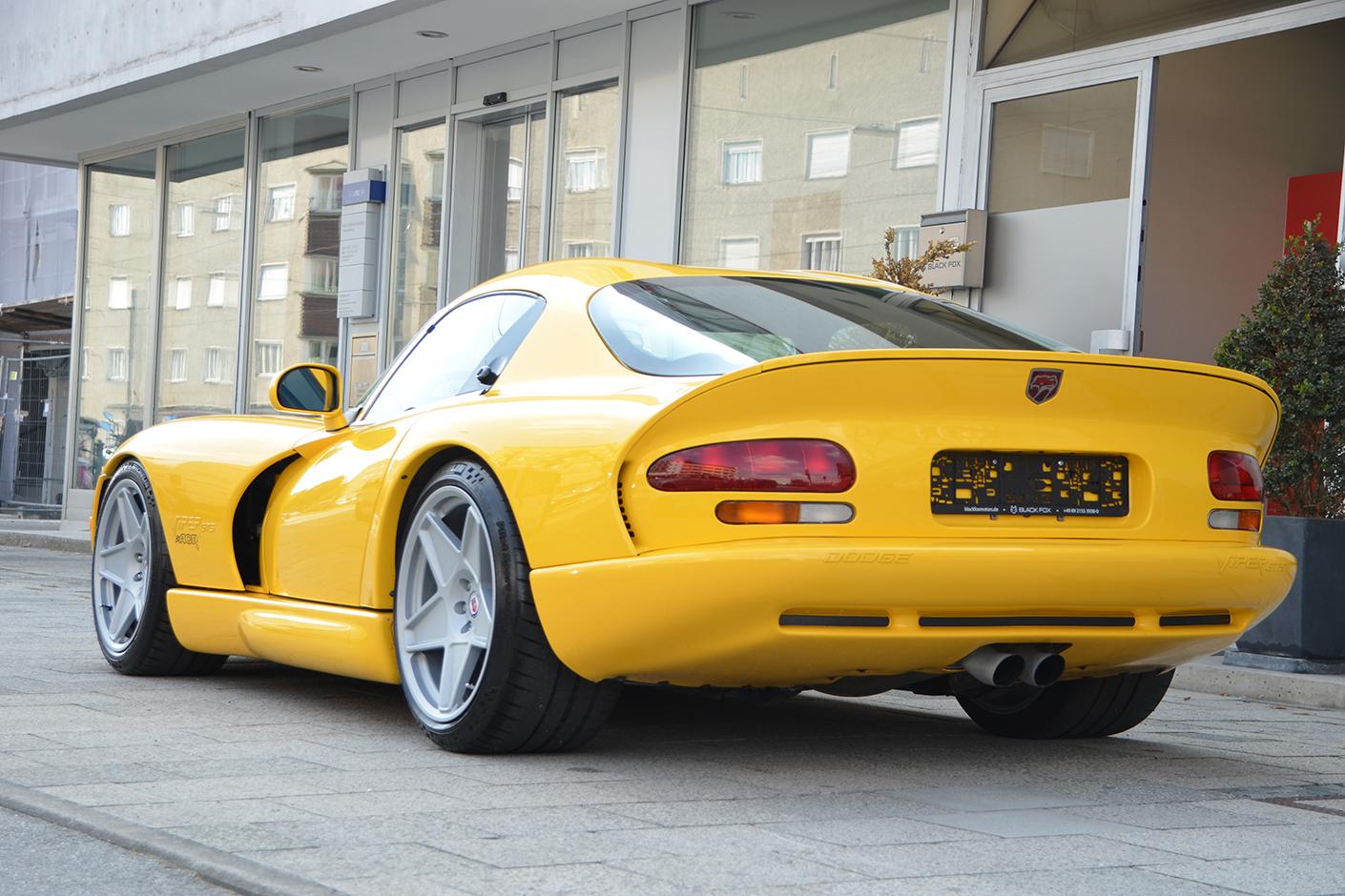 Dodge Viper ACR 2001-5