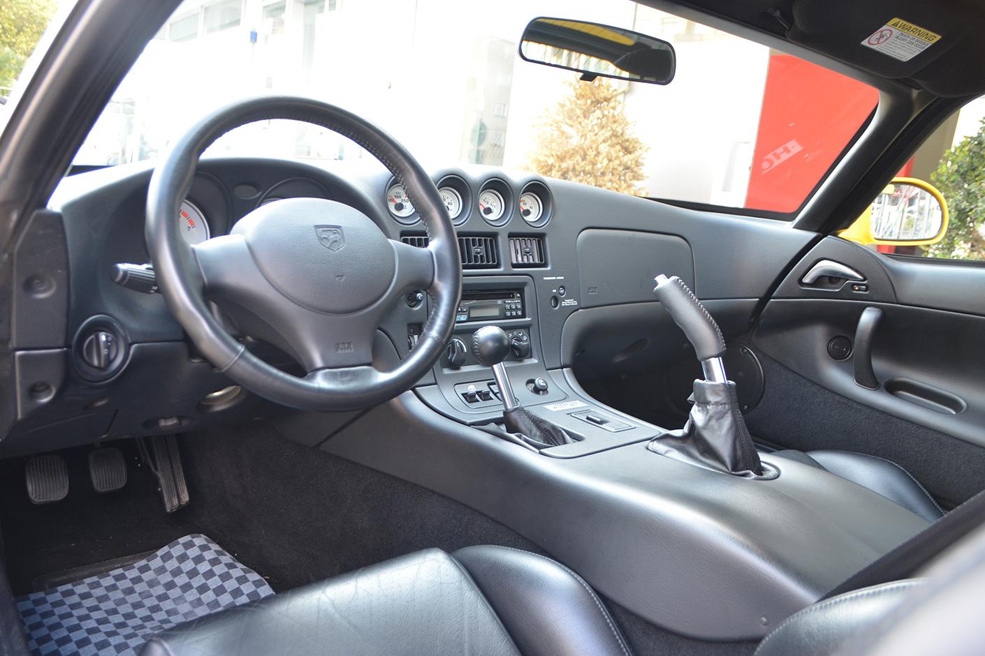 Dodge Viper ACR 2001-7