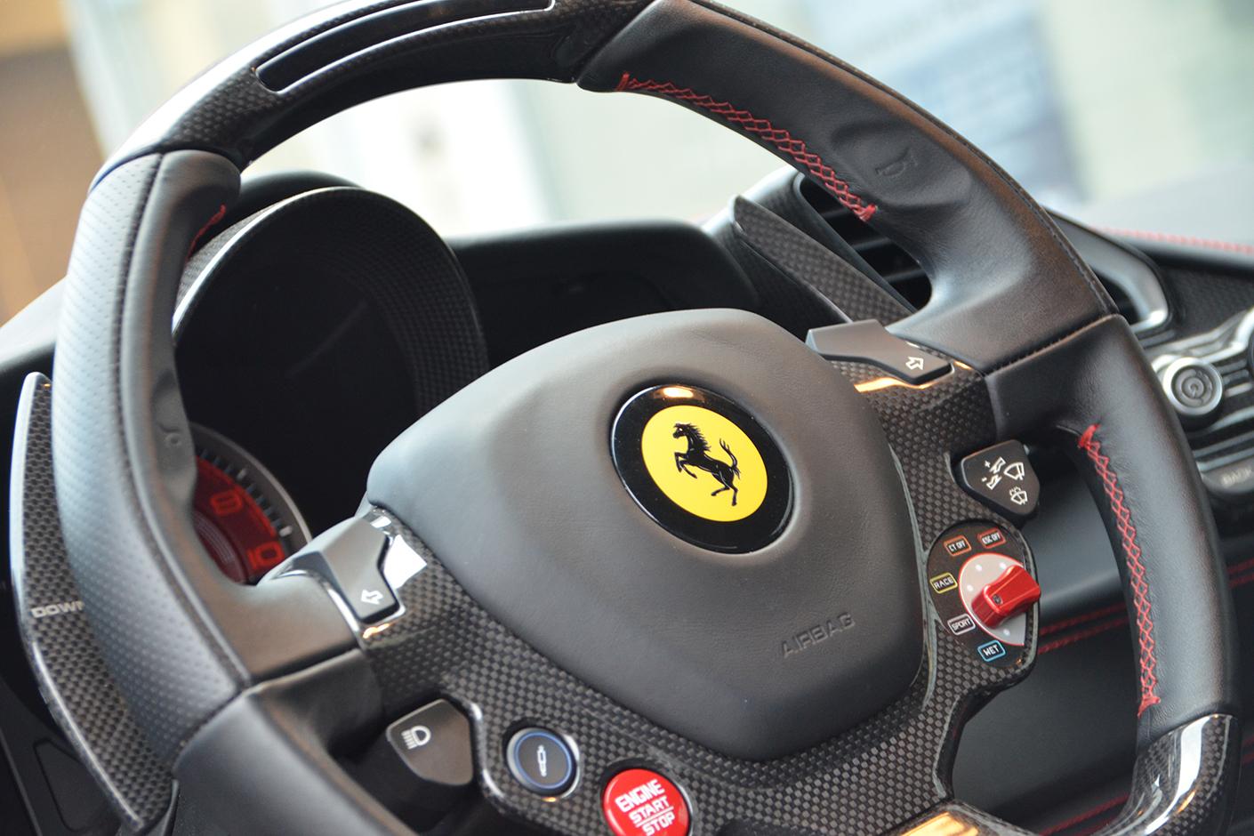 Ferrari 488 Spider 2016-8