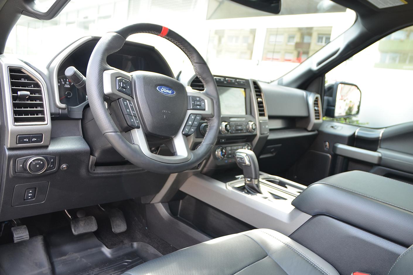 Ford F-150 Raptor 4×4 2018-4