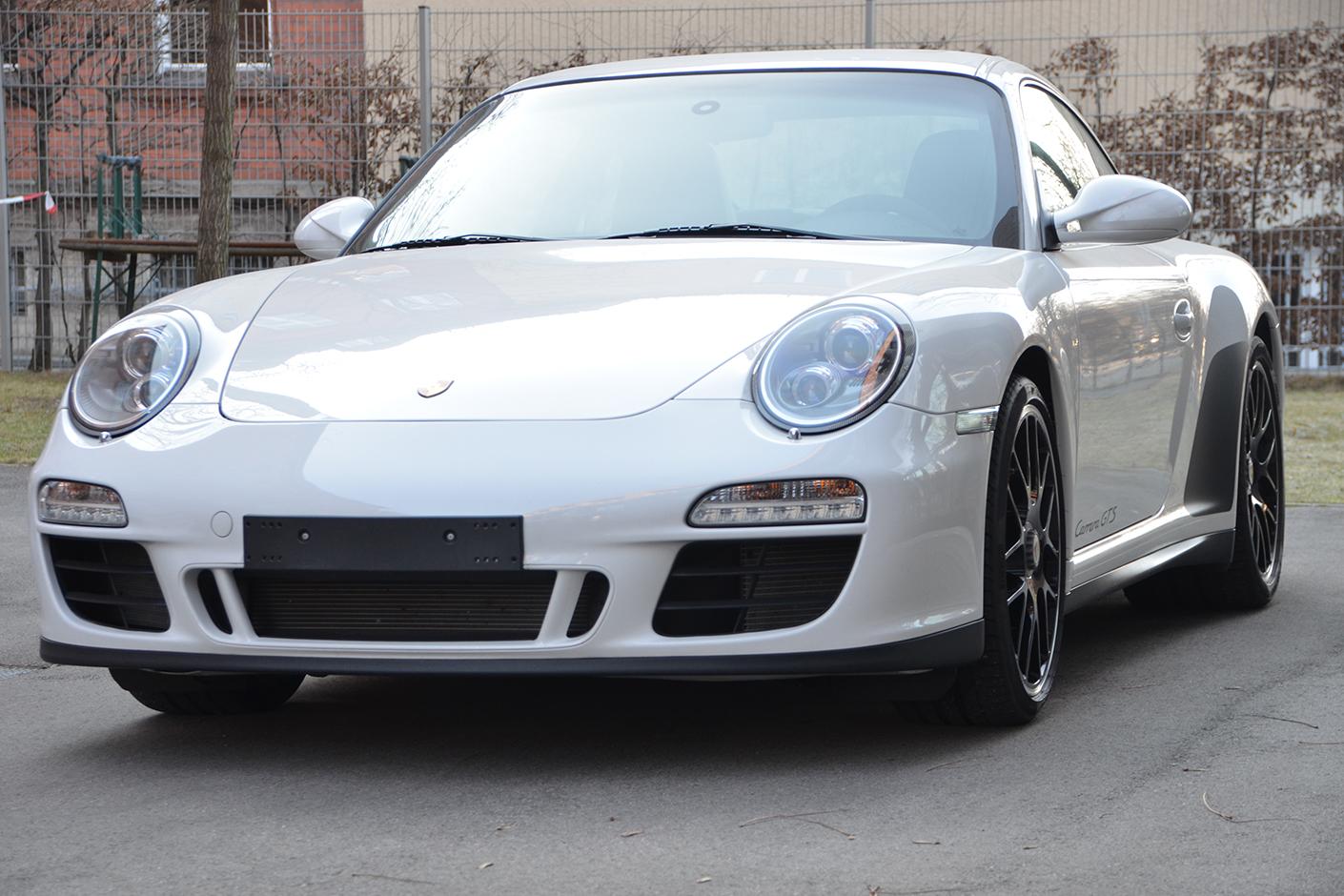 Porsche 997 Carrera GTS 2011-1