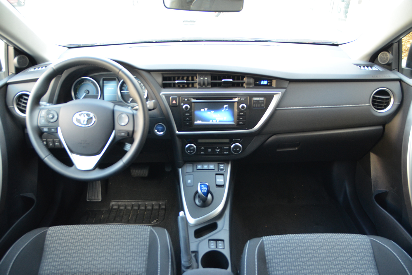 Toyota Auris Touring Sports 2015-11