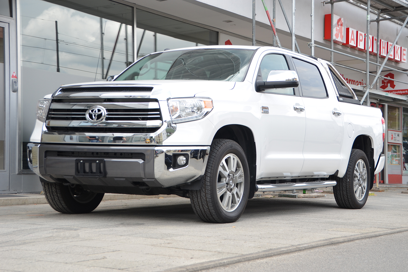 Toyota Tundra Platinum 1794 Edition 2018 Black Fox Motors